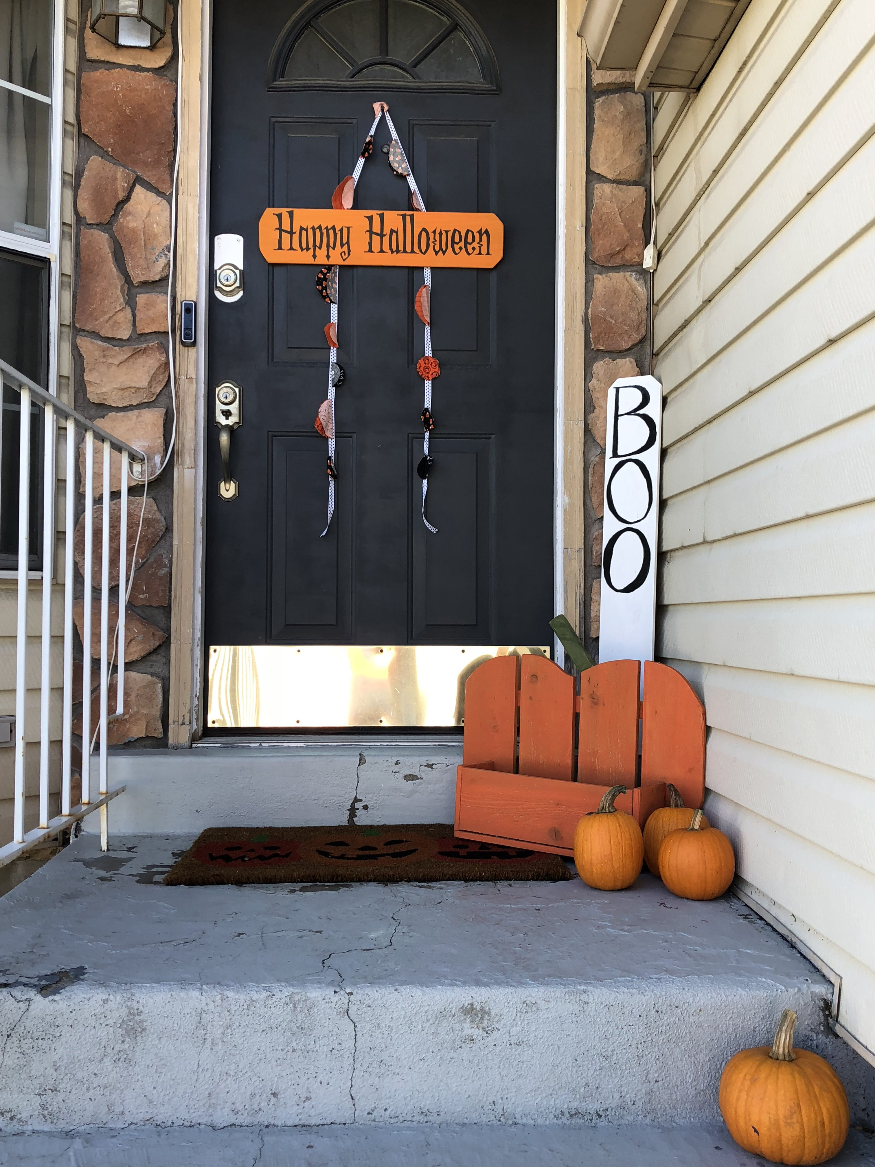 5 Fun Ways to Enhance Your Porch for Halloween